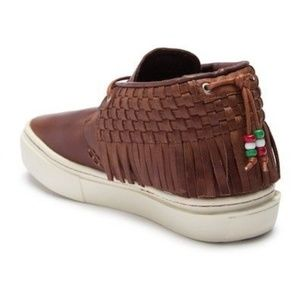 Clearweather Shoes - NIB Soft Leather Unisex One-O-One Fringe Sneakers